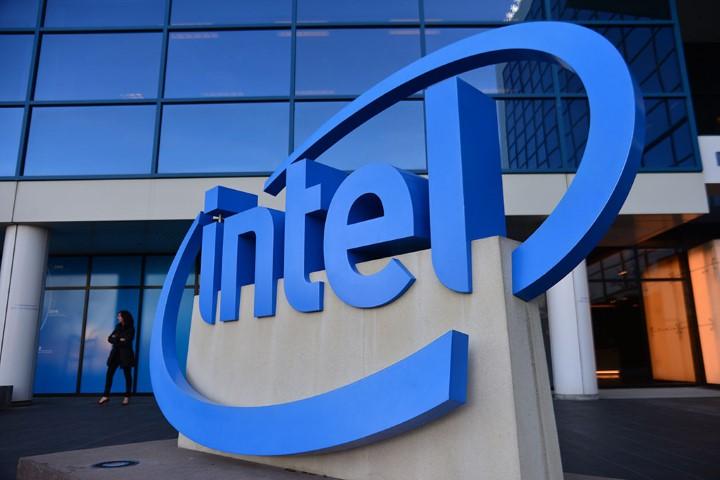Intel muốn lật đổ TSMC và Samsung vào năm 2025