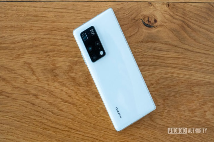 Huawei rớt khỏi top 5 thương hiệu smartphone lớn nhất tại thị trường Trung Quốc