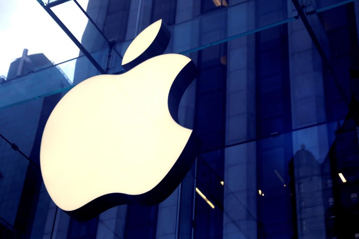 Thiếu chip, Apple và AMD dồn lực sản xuất sản phẩm biên lợi nhuận cao nhất