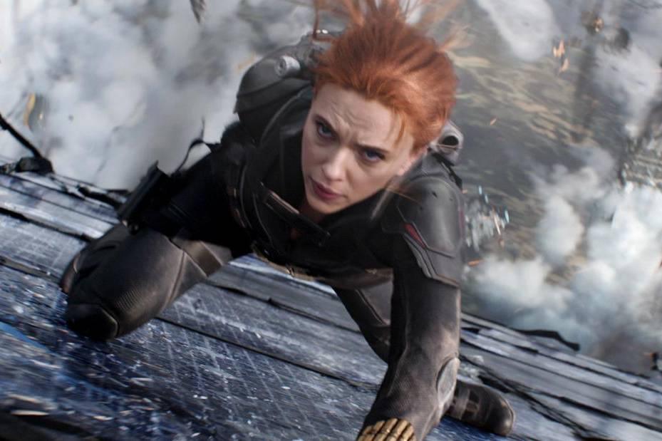 Nữ diễn viên Scarlett Johansson kiện Disney