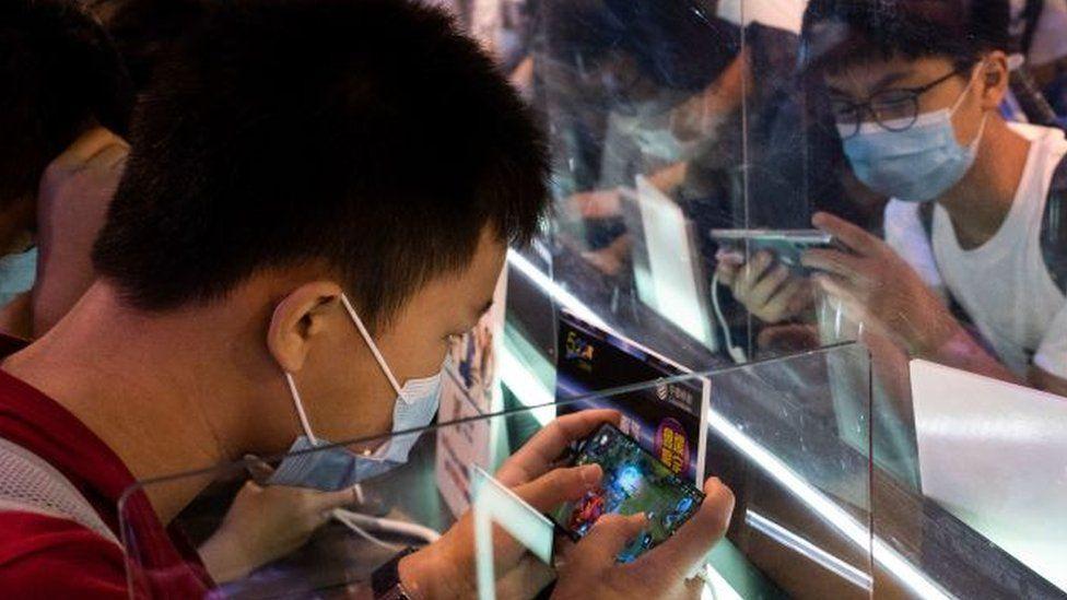 """Ai đang chơi Liên quân không? Trung Quốc đã gọi Liên quân và các game online khác là """"ma túy điện tử"""""""