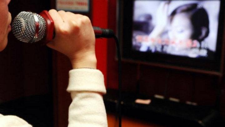 Trung Quốc cấm hát karaoke cổ súy cho ma túy, bạo lực, gây chia rẽ dân tộc