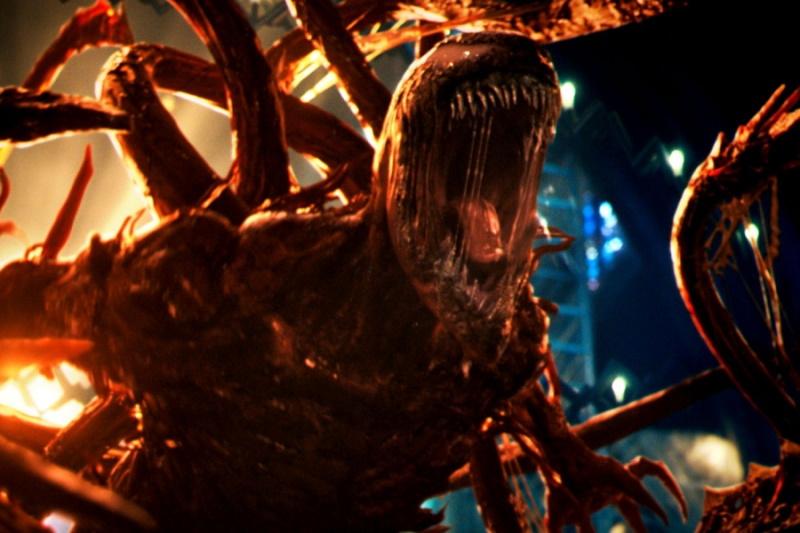 """Sony lùi lịch chiếu """"Venom: Đối mặt tử thù"""""""