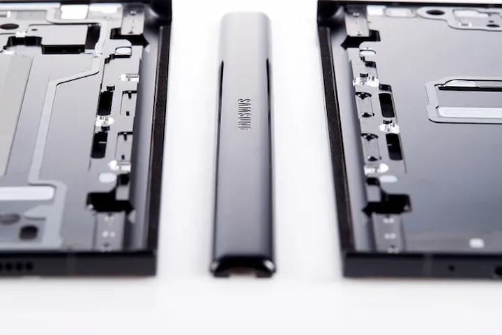 Đây là cách Samsung chống nước cho Galaxy Z Flip 3 và Z Fold 3