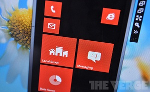 Nokia cố ra mắt Windows Phone 8 trước iPhone 5