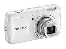 Trên tay máy ảnh sử dụng Android Nikon Coolpix S800c