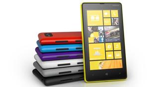 Trên tay smartphone tầm trung Lumia 820