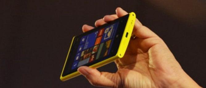 Nokia Windows Phone 8 làm thị trường thất vọng