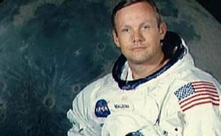 Neil Armstrong sẽ được mai táng ở biển