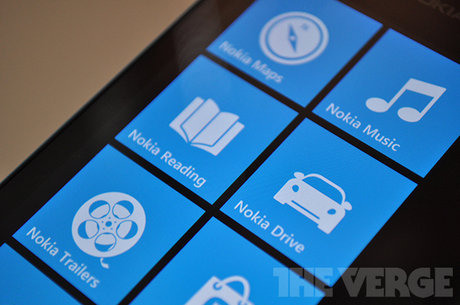 Nokia Lumia 800 được phát hiện chạy Windows Phone 7.8