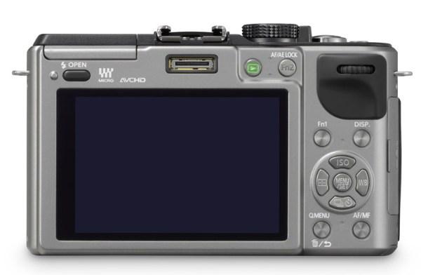 Panasonic ra mắt máy ảnh chuyên nghiệp Lumix GX1