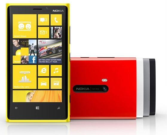 Giá Nokia Lumia 920, 820 là 836 USD và 643 USD