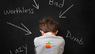 Apple phải quảng cáo xin lỗi Samsung bằng font Arial