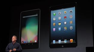 """""""Soi"""" những so sánh iPad Mini với Nexus 7 của lãnh đạo Apple"""