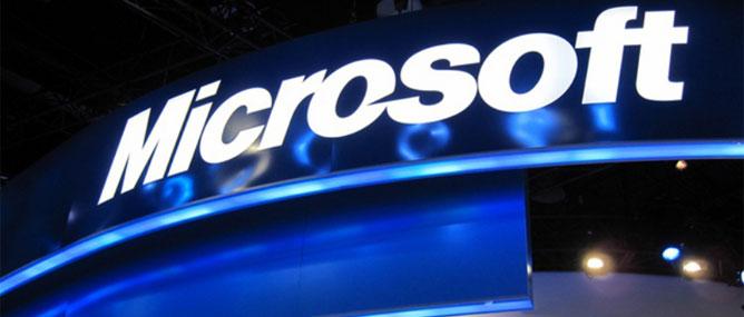 """Smartphone Microsoft, Amazon """"có bán từ giữa năm 2013"""""""