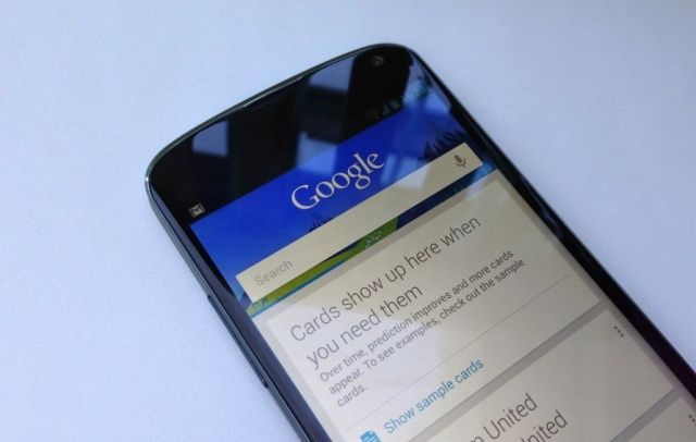 """Google Now và Google Translate """"tôn vinh iPad"""""""