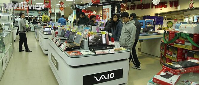 Thị trường laptop giảm giá đầu năm mới