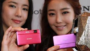 Sony Cybershot DSC-TX55: máy ảnh nhỏ nhất quay được full HD
