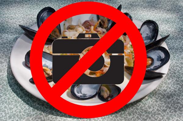 Các nhà hàng ở New York cấm thực khách chụp ảnh món ăn