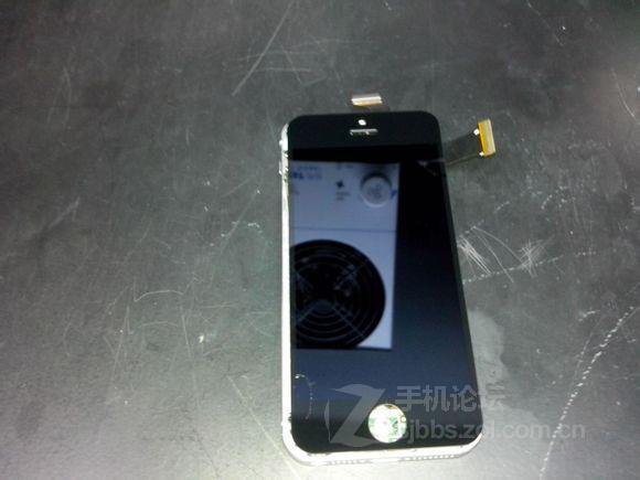 Hình ảnh của iPhone 5S xuất hiện trên mạng