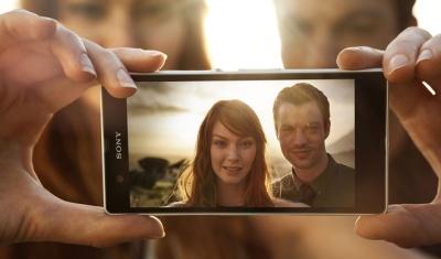 Xperia Z chụp 999 tấm ảnh trong 1 phút, quay phim ban đêm tốt