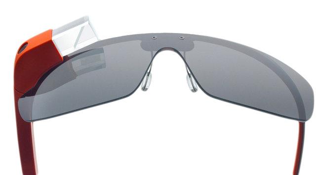Google thương thuyết với Warby Parker để thiết kế lại Google Glass