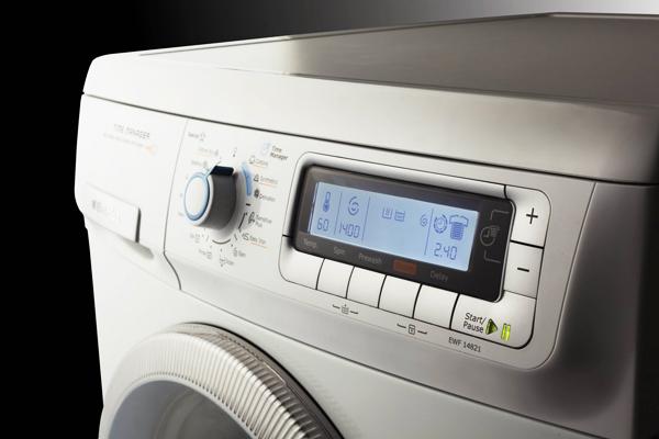 Máy giặt cửa trước Electrolux EWF 14821