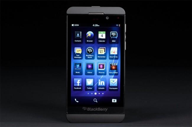 Z10 chiến thắng trước Galaxy S trong cuộc đấu về bảo mật