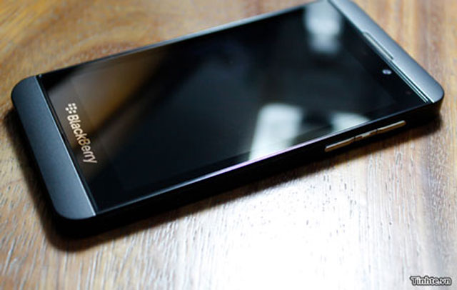Các ứng dụng quan trọng sẽ có và vắng mặt trên BlackBerry 10