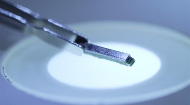 Công nghệ chip cấy ghép mới hỗ trợ smartphone dự đoán các cơn đau tim