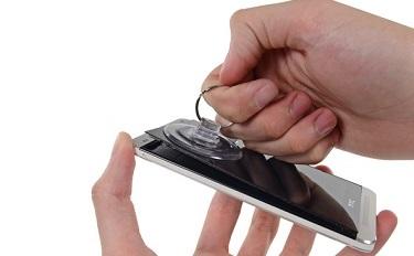 iFixit: HTC One là chiếc điện thoại khó sửa chữa nhất từ trước tới giờ