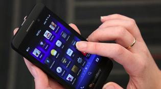 BlackBerry Z10 có thể lộ bạn đang xem phim khiêu dâm