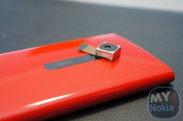 Nokia Lumia EOS: CPU hai/bốn nhân, màn hình AMOLED, cảm biến PureView 41MP?