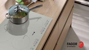 Bếp từ Fagor có chức năng nấu mỳ Ý