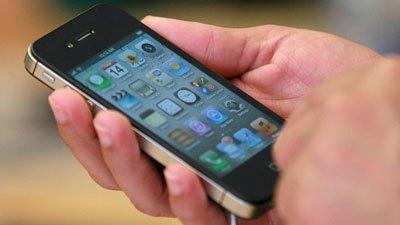 JP Morgan: iPhone giá rẻ sẽ giúp Apple thống trị thị trường cùng Samsung