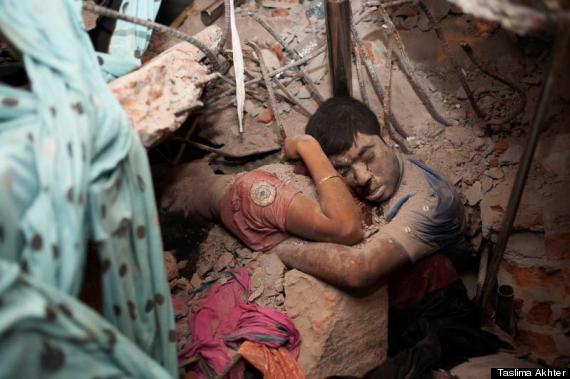 Bức ảnh rúng động về thảm họa sập nhà Bangladesh
