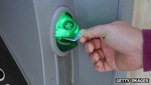 Hacker cướp 45 triệu USD từ ATM: Vụ cướp nhà băng thế kỷ