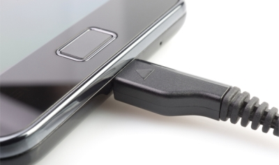 10 điều cần biết khi sạc điện thoại và máy tính bảng