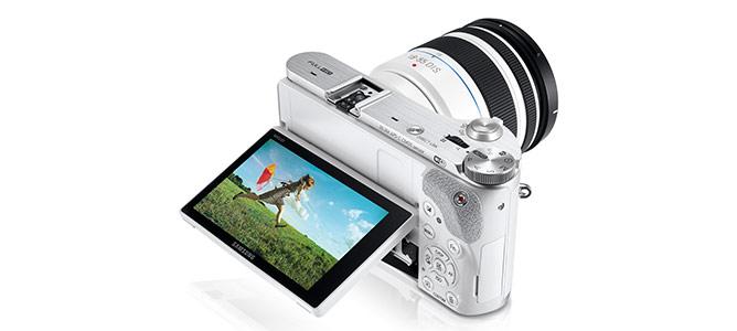 Đánh giá máy ảnh Samsung NX300