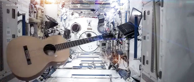 Video ca nhạc từ ISS: Ai bảo phi hành gia là tẻ nhạt?