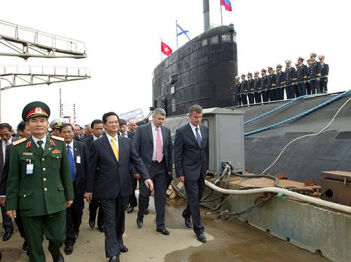 Sau tàu ngầm Hà Nội là tàu ngầm TP.HCM và 4 tàu ngầm khác