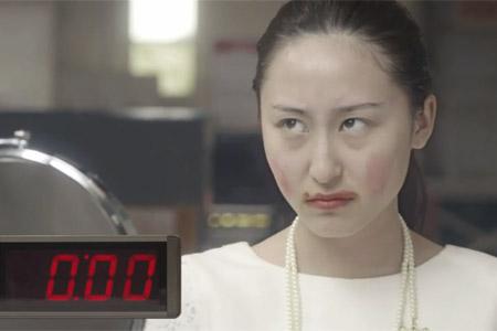 Quảng cáo Windows 8 dành cho châu Á bị ném đá