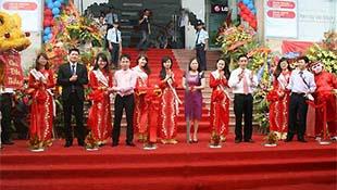 Trần Anh mở liền 3 siêu thị mới tại Hà Nội