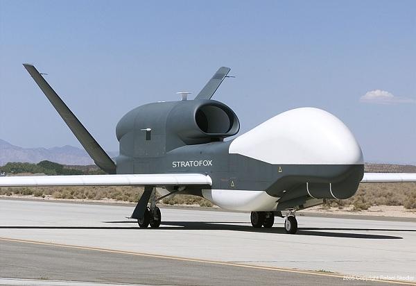 Máy bay không người lái (UAV) là gì? UAV và drone có gì khác? 544046