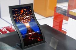 Trên tay màn hình OLED dẻo 5 inch của LG