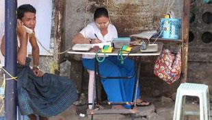 China Mobile bỏ cuộc đua di động ở Myanmar, Viettel thở phào