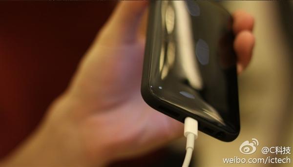 Lộ ảnh iPhone giá rẻ màn hình 4 inch, vỏ nhựa