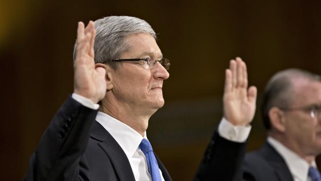 Apple, Tim Cook, Obama bị kiện vì chương trình theo dõi điện tử PRISM