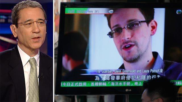 Mỹ nghi Edward Snowden là gián điệp hai mang của Trung Quốc