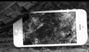 Galaxy S4 chịu đựng tra tấn vượt hẳn iPhone 5